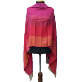 "Shawl ""Mare"" made of 100% natural fibers - red, pink shades"