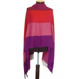 "Shawl ""Mare"" made of 100% natural fibers"